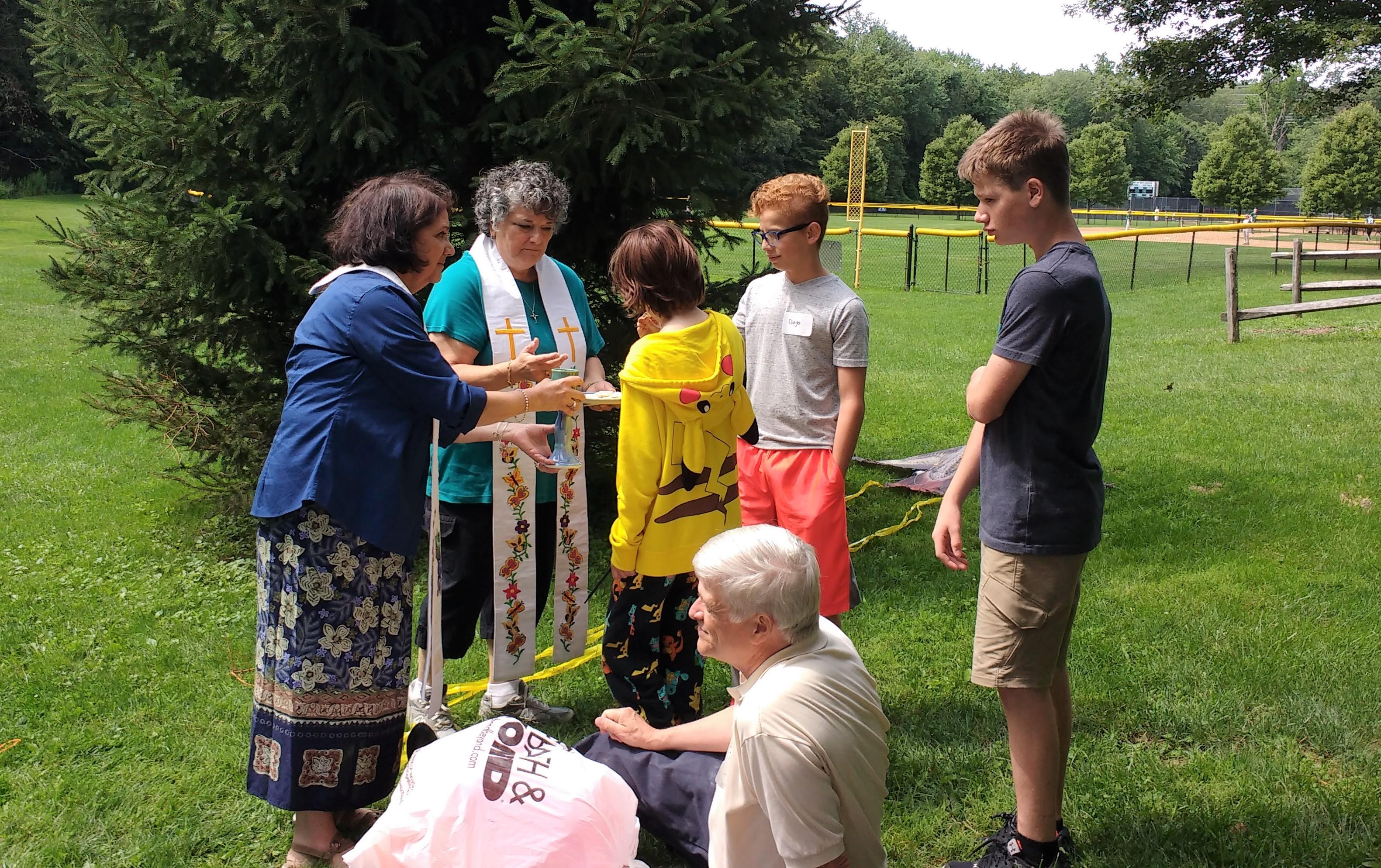 Outdoor Summer Worship & Picnic